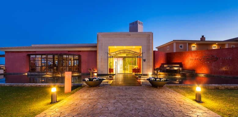 Insotel Punta Prima Prestige, hotel night view