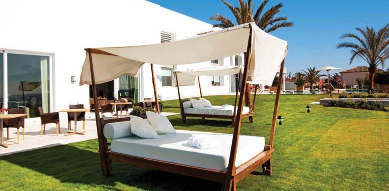Vincci Seleccion Estrella Del Mar, Beach Club Bali Bed
