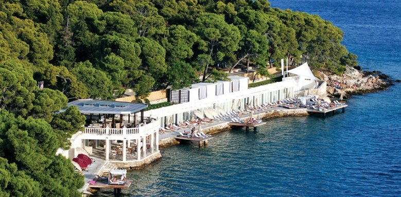 Amfora, Hvar Grand Beach Resort, Bonj by day
