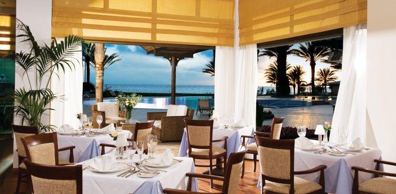Constantinou Bros Athena Beach Hotel, al a carte restaurant