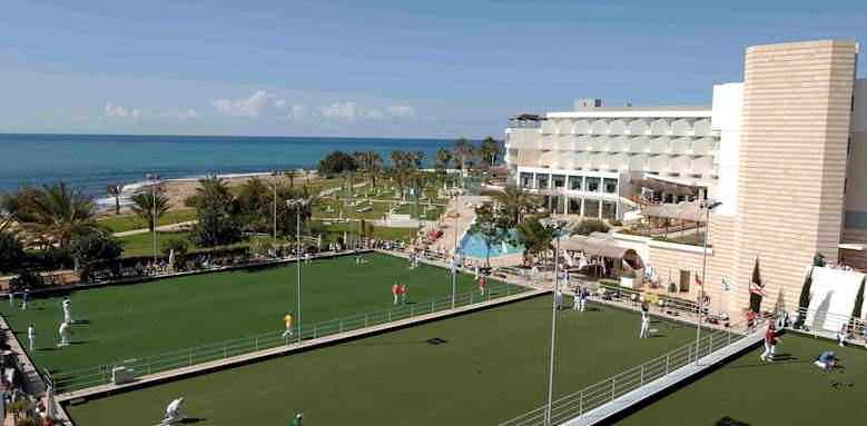 Constantinou Bros Athena Beach Hotel, tennis