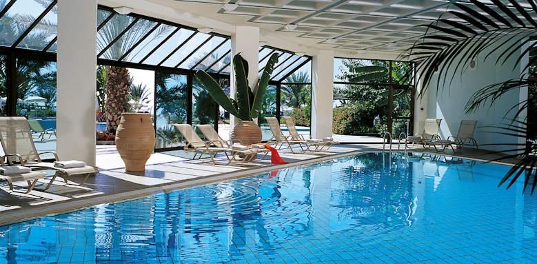 Constantinou Bros Athena Beach Hotel, indoor pool