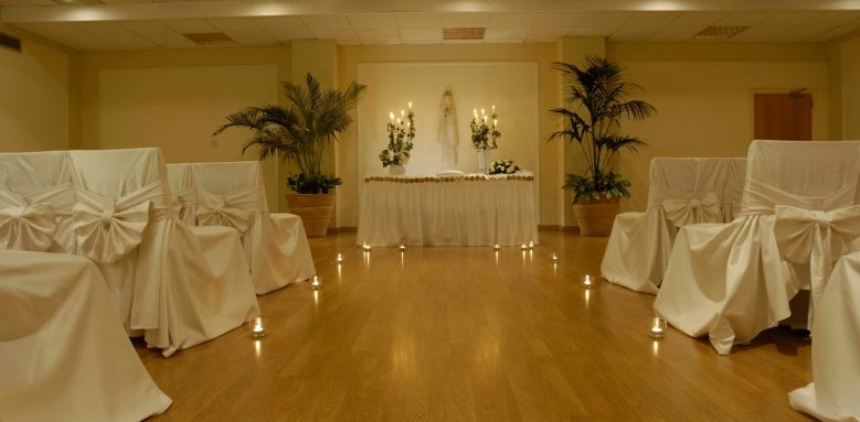 Constantinou Bros Athena Beach Hotel, indoor wedding setup