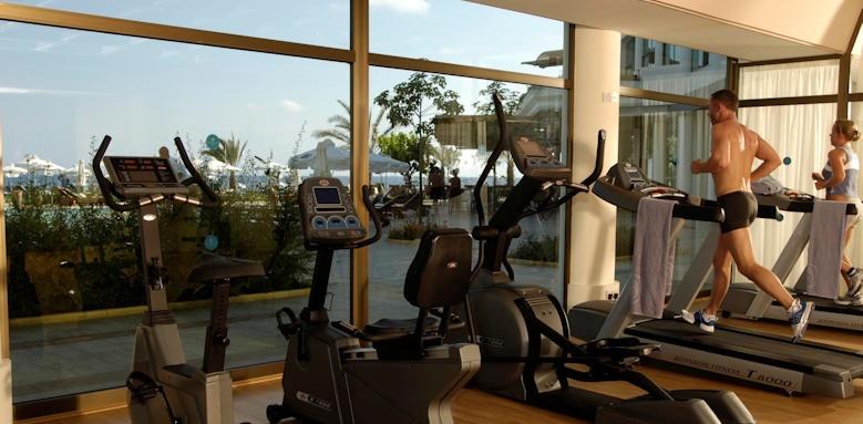 Constatinou Bros Athena Royal Beach Hotel, gym