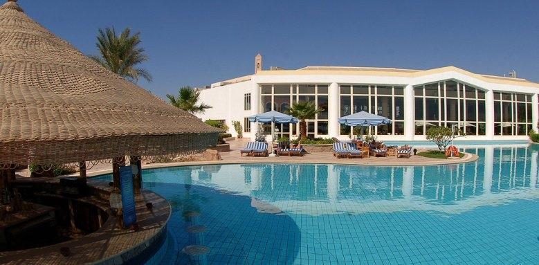 Hilton Sharm Waterfalls Resort, pool bar