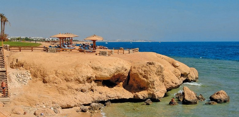 Hilton Sharm Waterfalls Resort, beach
