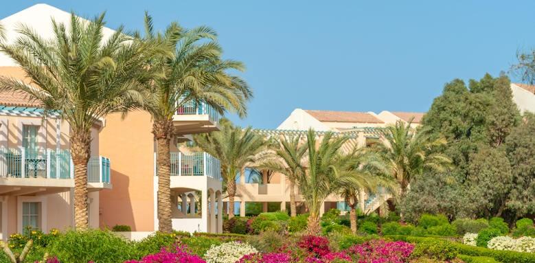 Movenpick Resort & Spa El Gouna, building
