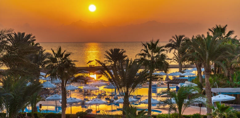Movenpick Resort & Spa El Gouna, red sea sunrise