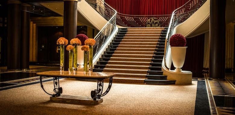 L'Hotel du Collectionneur, Foyer Image