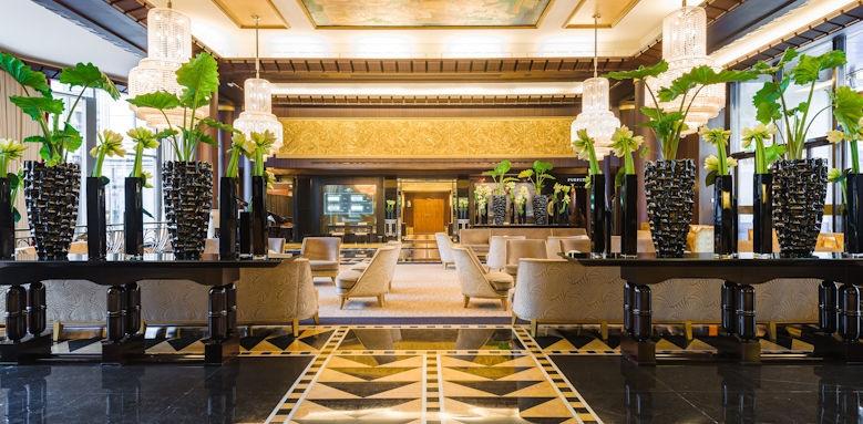 L'Hotel du Collectionneur, Lobby Image