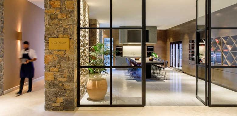 Daios Cove Luxury Resort & Villas, culinary school