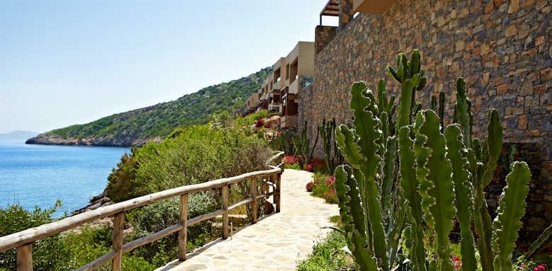 Daios Cove Luxury Resort & Villas, pathway