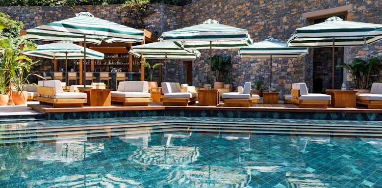 Daios Cove Luxury Resort & Villas, ocean bar