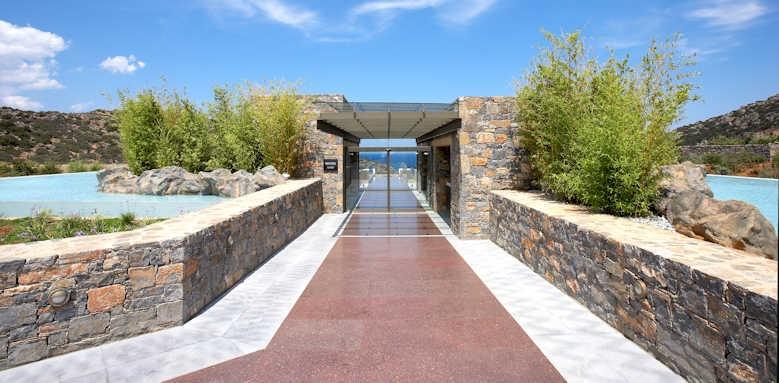 Daios Cove Luxury Resort & Villas, reception