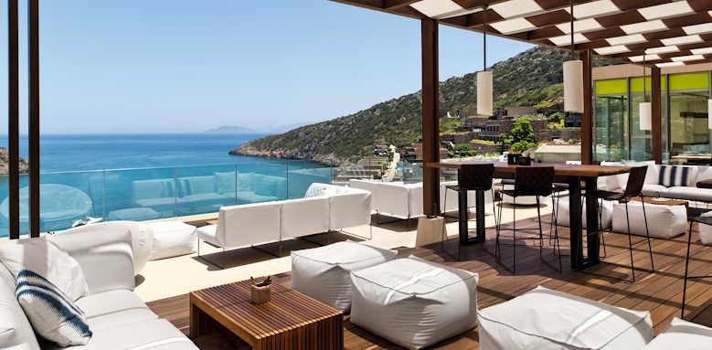 Daios Cove Luxury Resort & Villas, bar