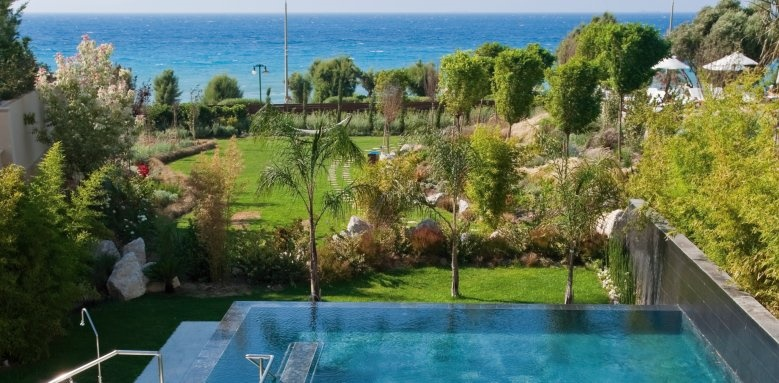 Amathus, pool and sea