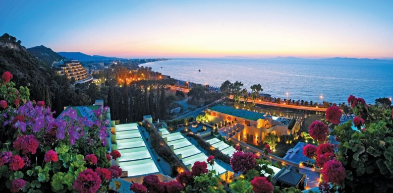 Elite Suites Amathus Beach Hotel Rhodes, overview