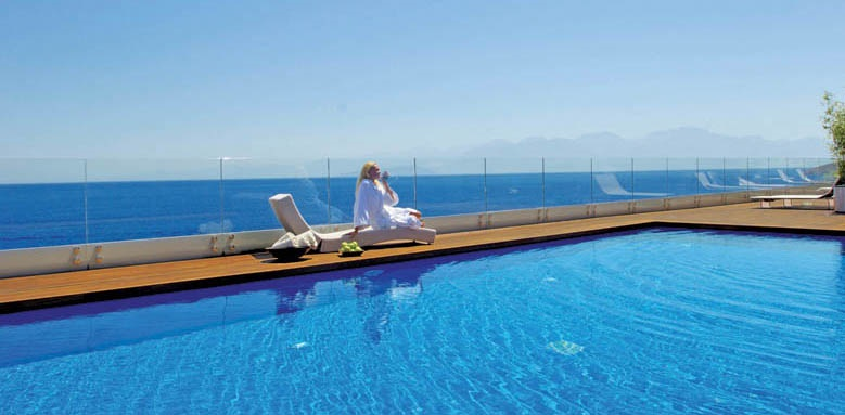 Elounda Beach Hotel and Villas, Villas and spa pool