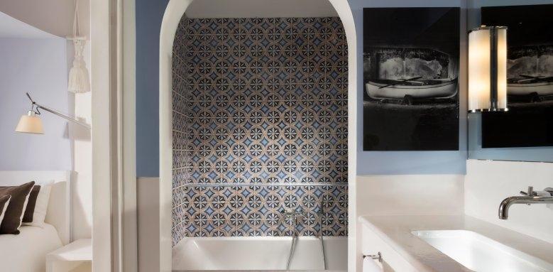 Capri Palace Hotel & Spa, bathroom