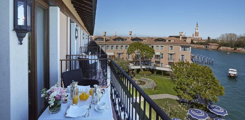 belmond hotel cipriani, balcony view