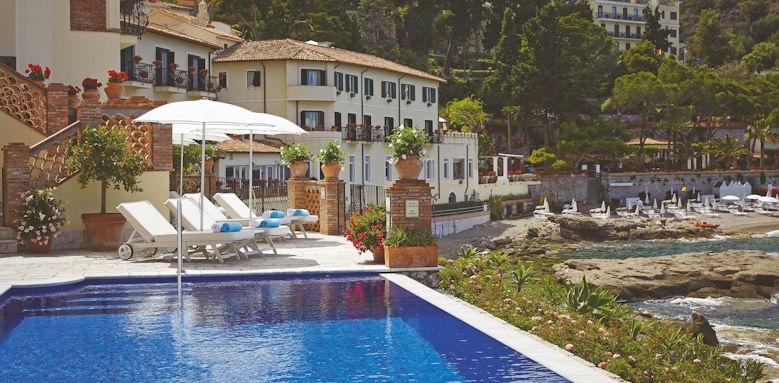 belmond villa sant andrea, infinity pool