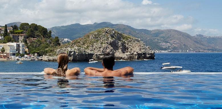 belmond villa sant andrea, infinity pool view