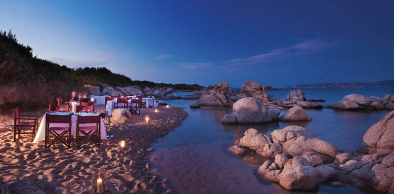 Valle Dell'Erica Resort Thalasso & Spa, beach at night
