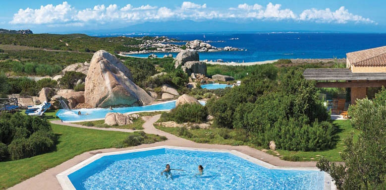 Valle Dell'Erica Resort Thalasso & Spa, pool and view