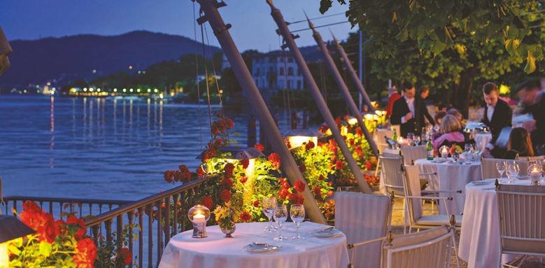Villa D'este, lake terrace
