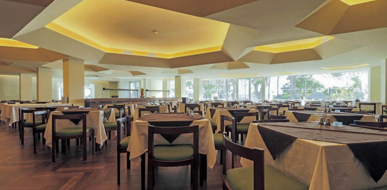 Hotel Girassol, restaurant
