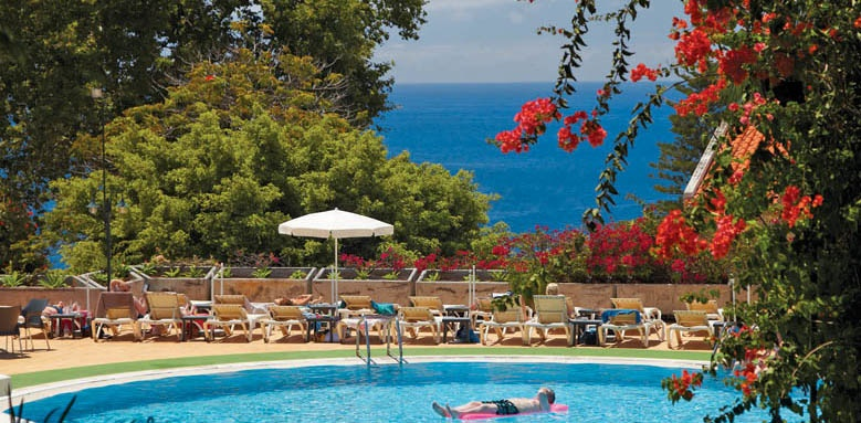 Hotel Girassol, pool