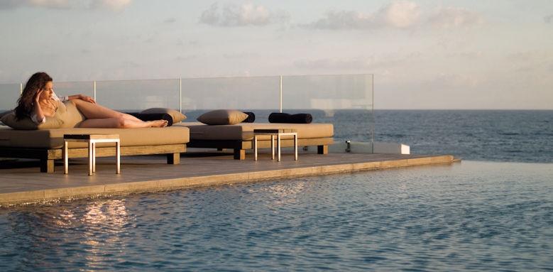 Almyra, poolside