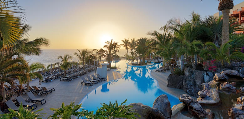 Roca Nivaria Gran Hotel, Pool Sunset image