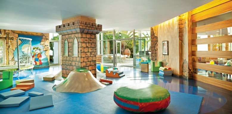 Gran Hotel Roca Nivaria, kids club