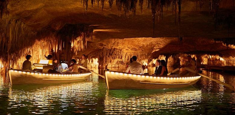 belmond la residencia, cave trip