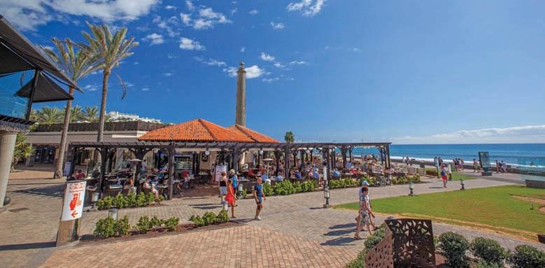 Lopesan Costa Meloneras Resort, beach