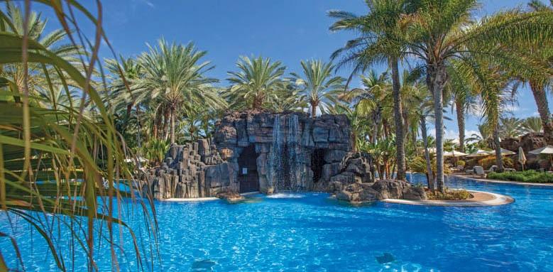 Lopesan Costa Meloneras Resort, waterfall