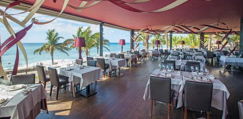 Lopesan Costa Meloneras Resort, churassco restaurant