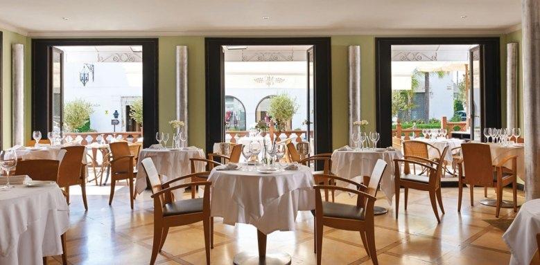 Marbella Club Hotel Golf Resort & Spa, cafe