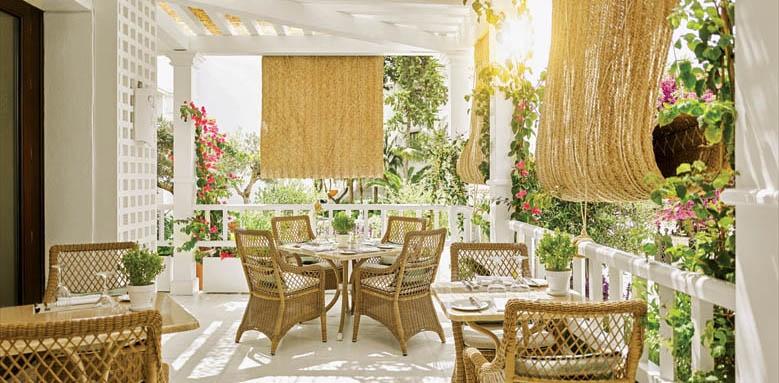 Marbella Club Costa del Sol, restaurant terrace