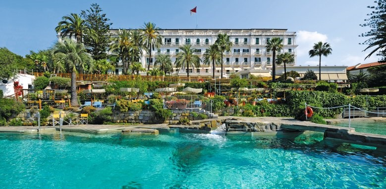 Royal Hotel Sanremo, pool and exterior