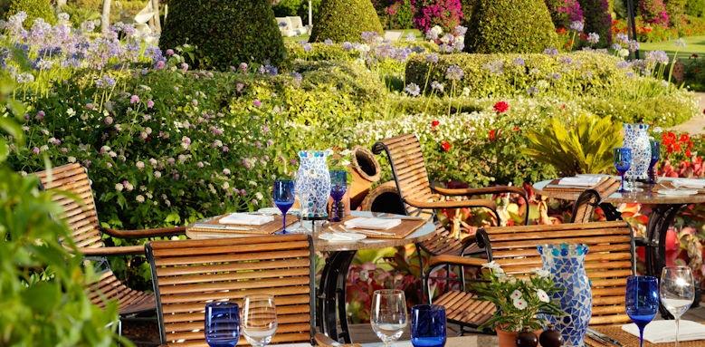 st. regis mardavall, aqua restaurant terrace