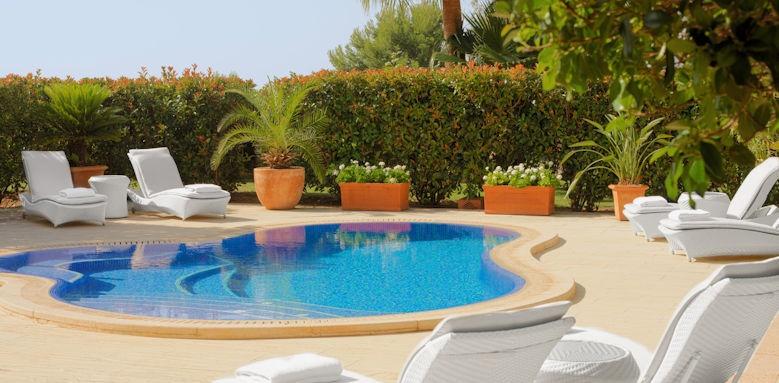 st. regis mardavall, blue oasis suite