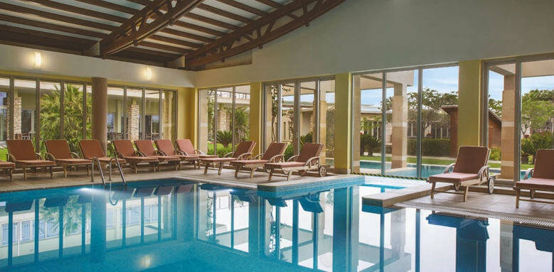 Barut Lara, indoor pool