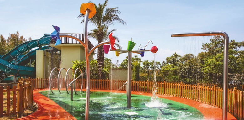 Barut Lara, kids play area