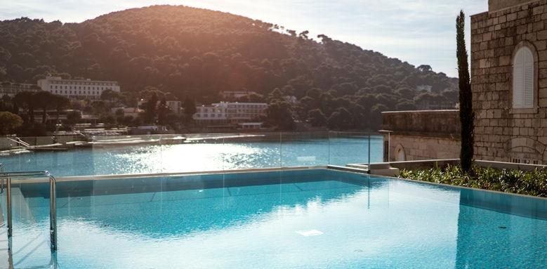 hotel kompass, pool