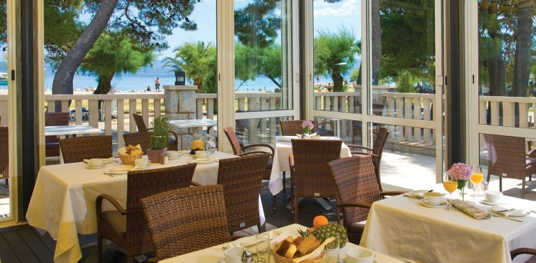 Hotel Plaza Omis, restaurant