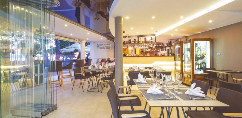 park makarska, restaurant interior