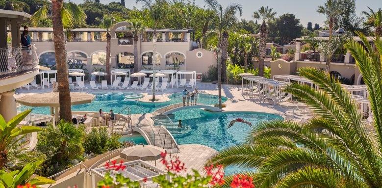 Le Palme, pool oasis
