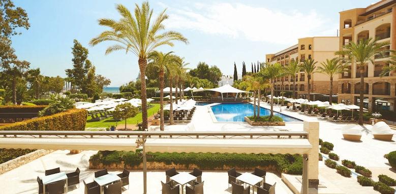 Fenicia Prestige Suites & Spa, restaurant and pool terrace